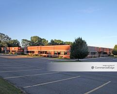 215 Greenfield Pkwy - Liverpool